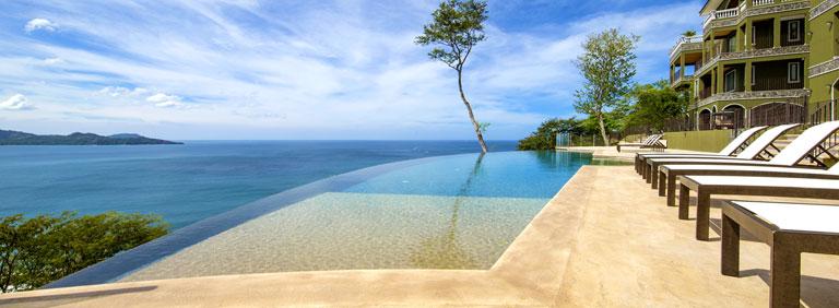 Espectaculares Condominios en venta con vista panorámica al Océano!